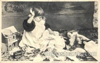 chi001086 - Children Postcard Post Card