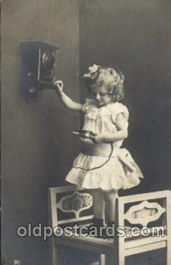 chi002093 - Children Postcard Post Card