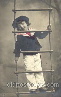 chi002094 - Children Postcard Post Card