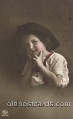 chi002117 - Amag Children, Child, Postcard Post Card