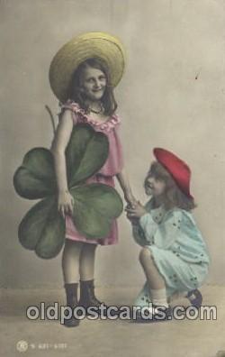 chi002131 - Girl with Flower Children, Child, Postcard Post Card