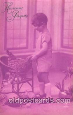 chi002186 - Boy abd chicken Children, Child, Postcard Post Card