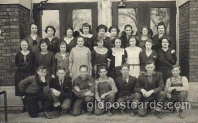 chi002231 - Kansas school Children, Child, Postcard Post Card
