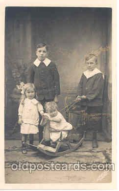 chi003004 - Child Children with Rocking Horse Postcard Post Card