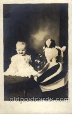 chi003051 - Children, Child with Doll Postcard Post Card