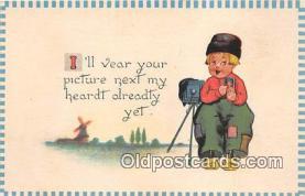 cam100542 - Camera Vintage Postcard