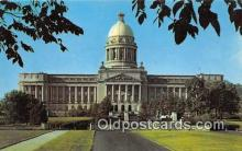 cap002395 - Capitol Building Frankfort, KY, USA Postcard Post Card
