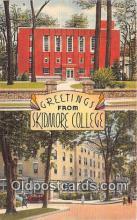 cau001076 - College Vintage Postcard