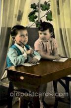 chi001151 - Children Postcard Post Card