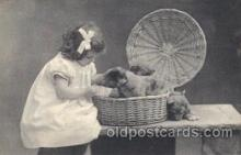 chi002212 - Girl feed her puppies Children, Child, Postcard Post Card
