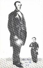 cir002050 - Cape Breton Giant Angus MacAskill 7ft 9 in, 500 lbs.  and Tomb Thumb, Circus Tallest Person, Giant, Postcard Post Card