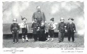 cir003041 - Smallest Person, Midget, Midgets, Dwarf,  Circus Postcard Post Card