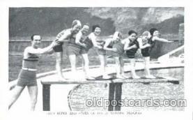cir003046 - Fred Roper's Wonderful Midgets, Smallest Person, Midget, Dwarf,  Circus Postcard Post Card