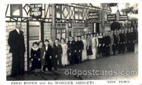 cir003059 - Fred Roper's Wonderful Midgets, Smallest Person, Midget, Dwarf,  Circus Postcard Post Card