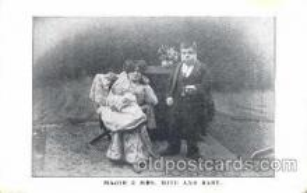 cir003062 - Major & Mrs. Mite & Baby, Smallest Person, Midget, Midgets, Dwarf,  Circus Postcard Post Card
