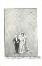 cir003076 - Smallest Person, Midget, Midgets, Dwarf,  Circus Postcard Post Card