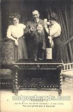 cir003112 - Circus Midgets postcard Post Card