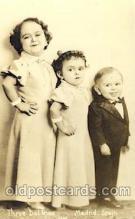 cir003154 - Circus Smallest Person, Midget Postcard Post Card