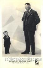 cir003165 - The smallest man in the world, Worlds Fair Chicago, 1934 Smallest Person, Midget, Midgets, Circus Postcard Post Card