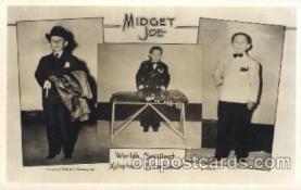 cir003170 - Midget Joe, Worlds Smallest Xylophone Entertainer, Smallest Person, Midget, Midgets, Circus Postcard Post Card