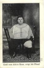 cir004108 - Ernst, Heaviest Person Postcard Post Card