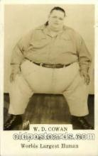 cir004123 - W.D. Cowan 741 LBS, Age 23 6 ft tall, Heaviest Person Postcard Post Card