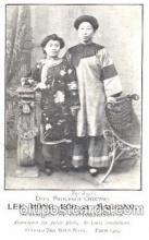 cir005099 - Lee Hong Foo et Maggino, Acrobates,  Colonel W.F. Cody, Buffalo Bill, Barnum & Bailey Circus, Postcard Post Card