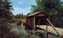 cou100401 - Kissing Bridge, IA USA Covered Bridge Postcard Post Card Old Vintage Antique