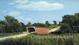 cou100407 - Kissing Bridge, IA USA Covered Bridge Postcard Post Card Old Vintage Antique
