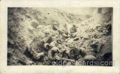 dea001019 - Trench near Rhenus France 1917-1918 Skulls Postcard Post Card