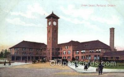 dep001550 - Union Depot, Portland, OR, Oregon, USA Train Railroad Station Depot Post Card Post Card