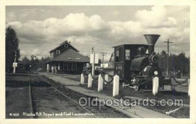 dep001667 - Real Photo - Alaska RR Depot, Fairbanks, AL, Alaska, USA Train Railroad Station Depot Post Card Post Card