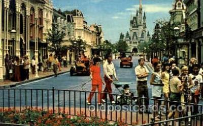 dis100057 - Main street USA Disney Postcard Post Card