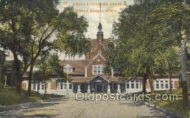 dep001584 - Union Station, Cedar Rapids, IA, Iowa, USA Train Railroad Station Depot Post Card Post Card