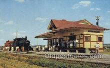 dep001623 - RR Depot, Strasburg, Penna Train Railroad Station Depot Post Card Post Card