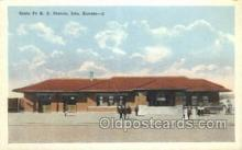 dep001691 - Santa Fe RR Station, Iola, KS, Kansas, USA Train Railroad Station Depot Post Card Post Card