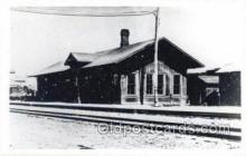 dep001728 - Kodak Real Photo Paper Train Railroad Station Depot Post Card Post Card