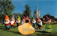 dis001222 - Snow White & the Seven Dwards Walt Disney World, FL, USA Postcard Post Card