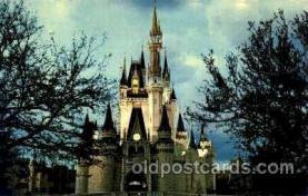 dis100032 - Cinderella Castle Disney Postcard Post Card