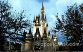 dis100036 - Cinderella Castle Disney Postcard Post Card