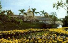 dis100041 - The crystal palace restaurant Disney Postcard Post Card