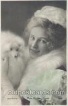 dog100252 - Dog Postcard Post Card
