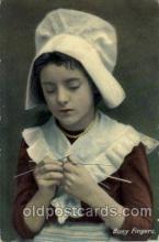 dut001003 - Dutch Children Postcard Post Card