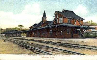 dep-MA033 - B.&M. Union Passenger Station, Greenfield, Massachusetts, MA, USA,  Railroad Train Depot Postcard Post Card