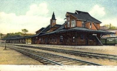 dep-MA037 - B.&M. Union Passenger Station, Greenfield, Massachusetts, MA, USA,  Railroad Train Depot Postcard Post Card