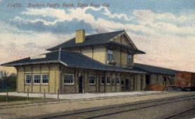 dep-CA004 - Southern Pacific Depot, Santa Rosa, CA, California, USA Railroad Train Depot Postcard Post Card
