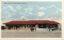 dep-KS003 - Santa Fe R.R. Station, Iola, Kansas, KS, USA, Railroad Train Depot Postcard Post Card