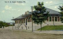 dep-ME008 - New R.R. Depot, Gardiner, Maine, ME, USA Railroad Train Depot Postcard Post Card