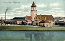 dep-ME014 - Union Station, Bangor, Maine, ME, USA Railroad Train Depot Postcard Post Card