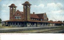 dep-MI016 - Grand Trunk Depot, Battle Creek, Michigan, MI, USA Railroad Train Depot Postcard Post Card